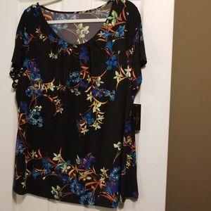 2X Scoop neck shirt NWT